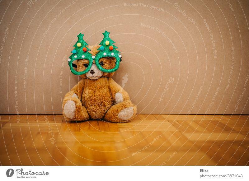 Weihnachts-Teddybär Weihnachten Kuscheltier weihnachtlich Weihnachtsschmuck Weihnachtsdekoration Kindheit Geschenk Weihnachtsgeschenk Brille kitschig