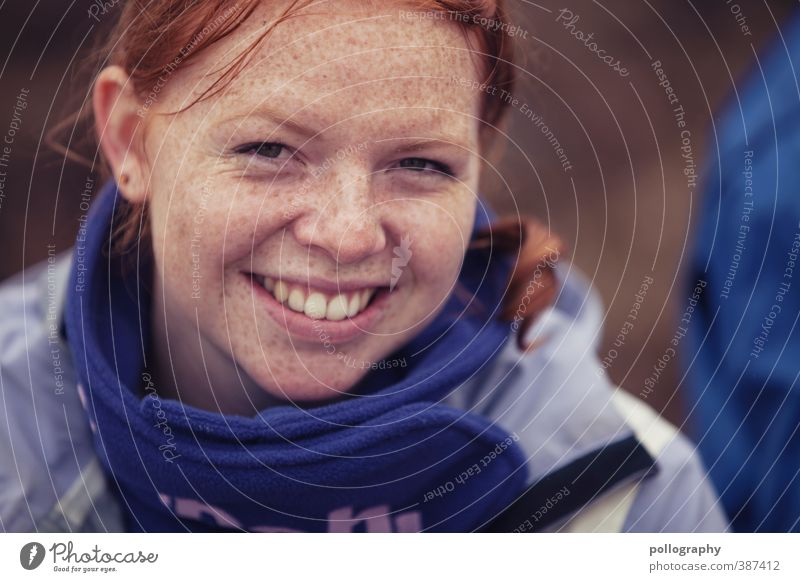 smile 4 me Freude schön Freiheit Mensch feminin Junge Frau Jugendliche Erwachsene Leben Kopf 1 18-30 Jahre Herbst Pullover Jacke rothaarig langhaarig Gefühle