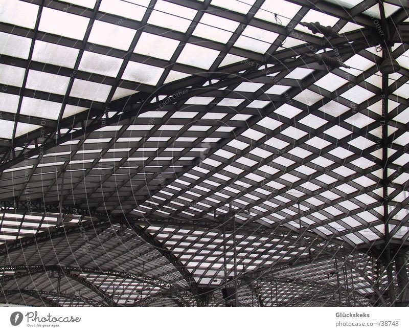 Bahnhofsausblick Metall Architektur Glas Perspektive Dach