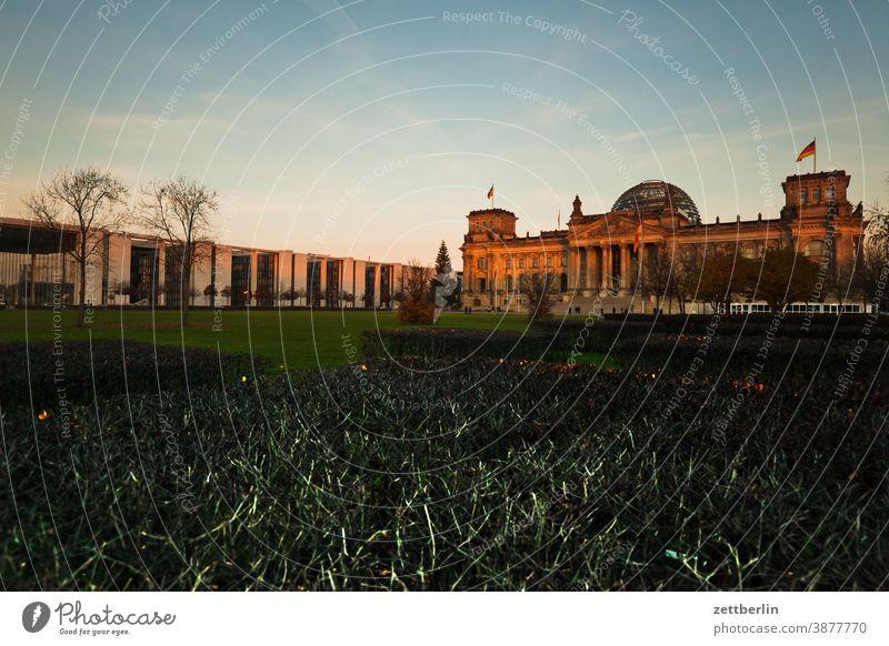 Reichstag, Berlin abend architektur berlin bundestag deutschland dunkelheit dämmerung hauptstadt kanzleramt marie elisabeth lüders haus nacht parlament