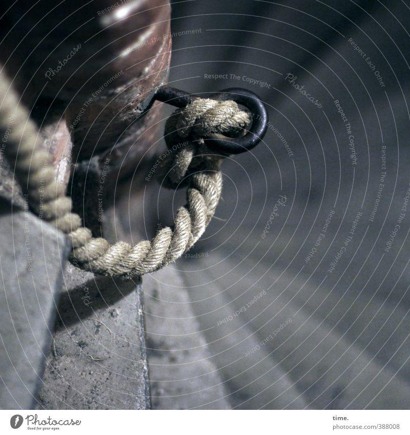 Drehwurm Stadt Einsamkeit Bewegung Wege & Pfade Treppe Tourismus Perspektive Seil Turm Sicherheit rund Schutz Risiko Zusammenhalt Konzentration Leidenschaft