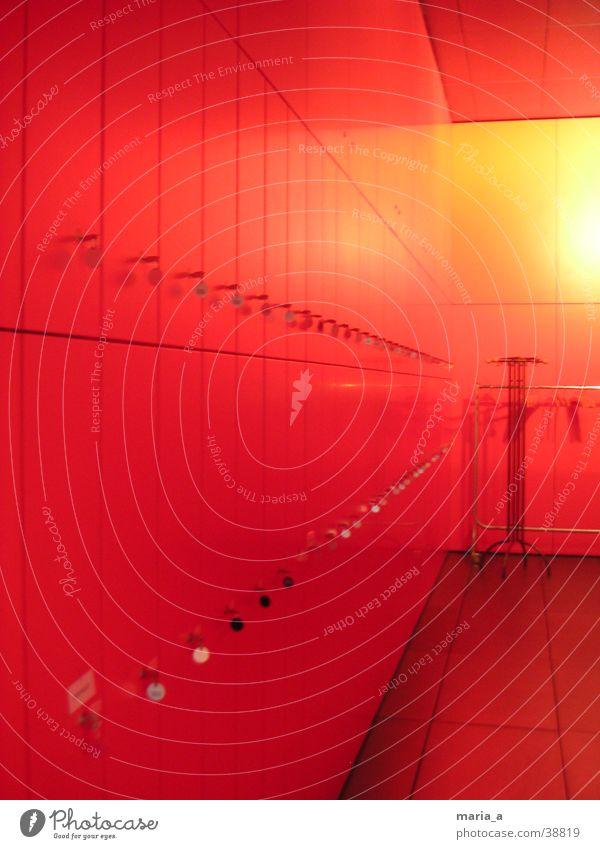Rot Garderobe rot gelb Architektur Bekleidung Schlüssel Schließfach