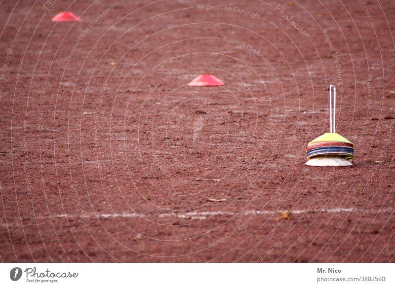 Spielfeldmarkierungen Freizeit & Hobby ascheplatz Sportplatz Hartplatz bolzplatz kreisliga Sportstätten Fußballplatz Fußballtraining sportlich Sport-Training
