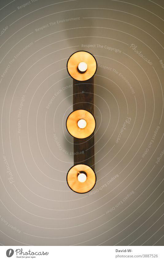 Lampen an der Decke Energie Strom leuchten Licht Glühbirne Beleuchtung Energiewirtschaft