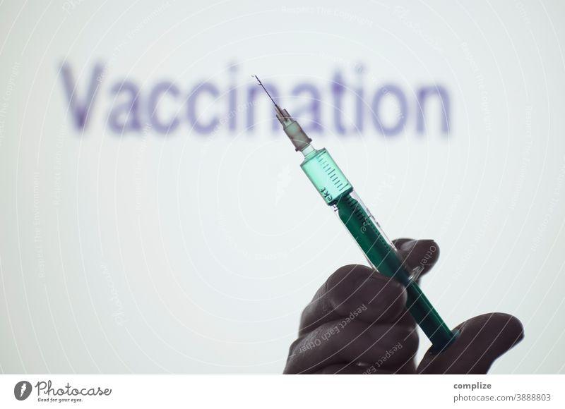 Vaccination syringe injection Impfung impfen impfstoff Scherenschnitt kreativ Flüssigkeit Medizin Grippe Virus Virusinfektion covid-19 coronavirus Erkältung