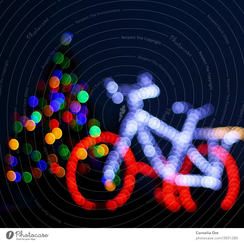 Weihnachtliche Lichterdekoration, in bunter Unschärfe Lichterketten Weihnachtsbeleuchtung Weihnachten & Advent Weihnachtsdekoration leuchten Farbfoto
