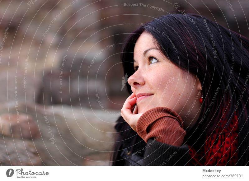 Daydreams Mensch feminin Junge Frau Jugendliche Erwachsene Haut Kopf Haare & Frisuren Gesicht Auge Nase Mund Hand 1 18-30 Jahre beobachten genießen Blick
