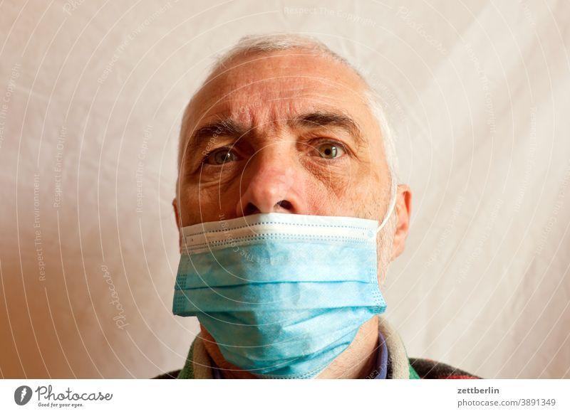 Nasalnudist ohne Brille auge bedeckung corona coronaleugner covid covid 19 gesicht gesundheit gesundheitsschutz maske maskerade mund nase nasenbedeckung