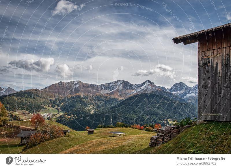 Alpenlandschaft im Herbst / Serfaus-Fiss-Ladis Österreich Bundesland Tirol Berge u. Gebirge Gipfel Schneebedeckte Gipfel Landschaft Weitwinkel
