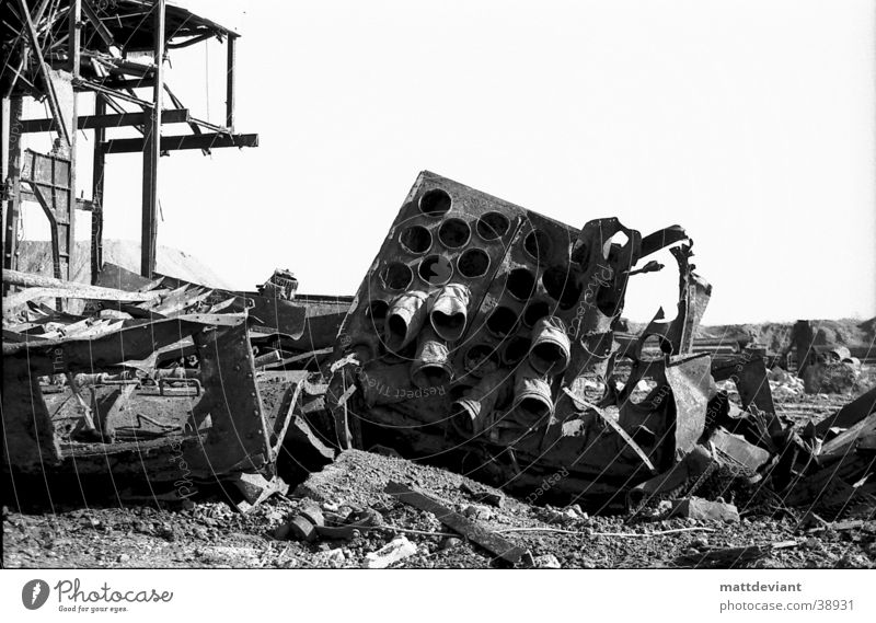 Röhren alt Einsamkeit Architektur Baustelle Eisenrohr Zerstörung