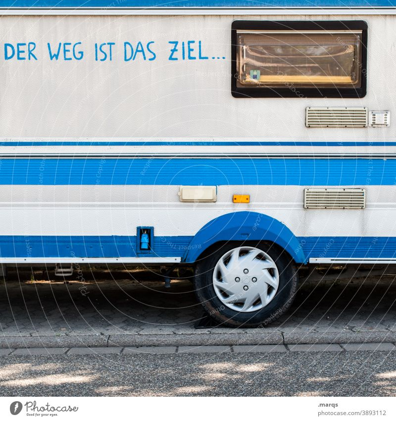 Der Weg ist das Ziel Ferien & Urlaub & Reisen Camping Freizeit & Hobby Fenster Wohnmobil außergewöhnlich Freiheit Bus blau Linie Abenteuer Seitenansicht Camper