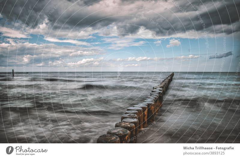 Buhnen in rauer See Ostsee Insel Usedom Koserow Meer raue See Wasser Wellen Horizont Himmel Wolken Landschaft Natur Mecklenburg-Vorpommern