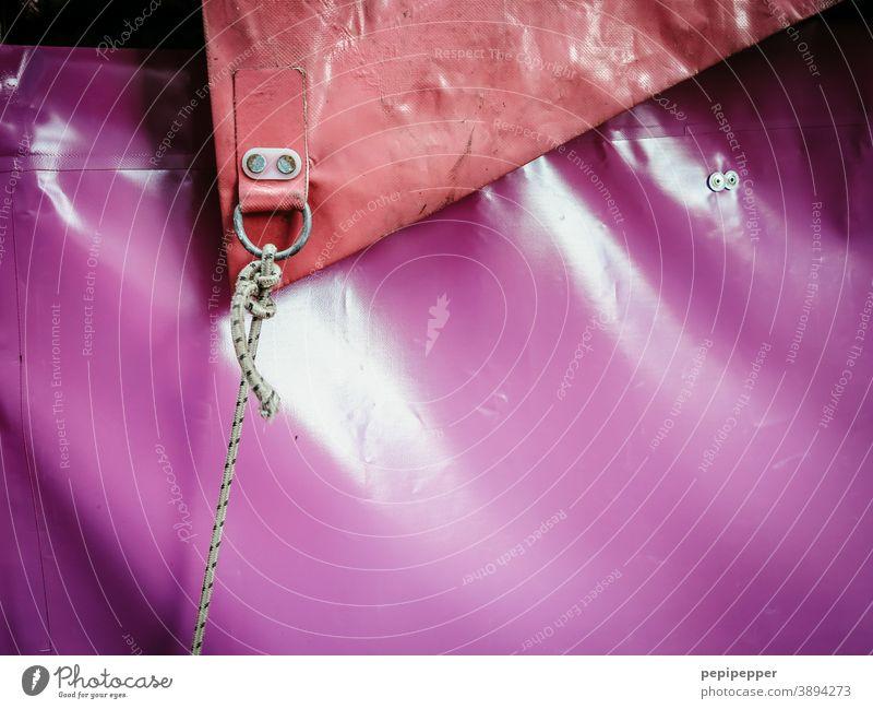 Zirkuszeltplane Zelt Plane Außenaufnahme Farbfoto Menschenleer Veranstaltung Show Seil rot pink Jahrmarkt Zeltplane Detailaufnahme Freizeit & Hobby