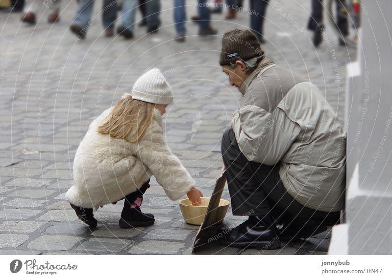 Kinder2 Mensch Kind kalt Hund Traurigkeit Trauer