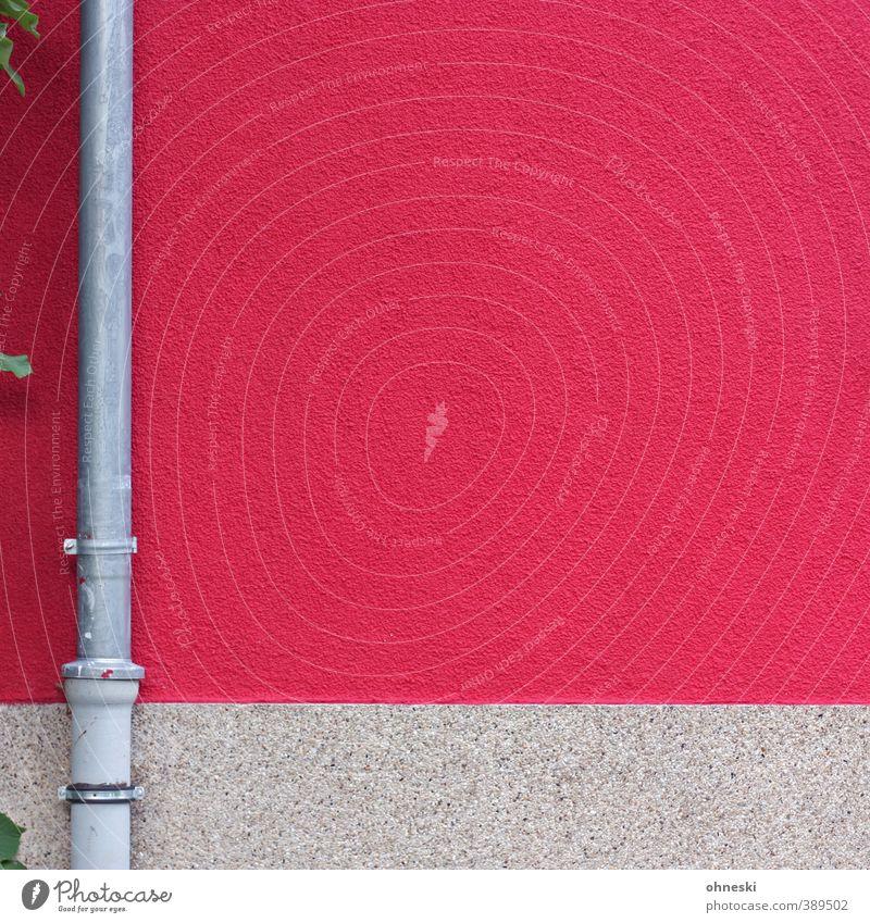 Mut zur Farbe Blatt Haus Architektur Mauer Wand Fassade Regenrohr Fallrohr rosa Ordnung Häusliches Leben Farbfoto Außenaufnahme abstrakt Muster