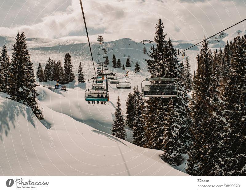 Sessellift im Südtiroler Skigebiet Ratschings Erholung südtirol italienisch Natur Skifahren snowboarden Wintersport Landschaft Winterlandschaft Kälte Schafe