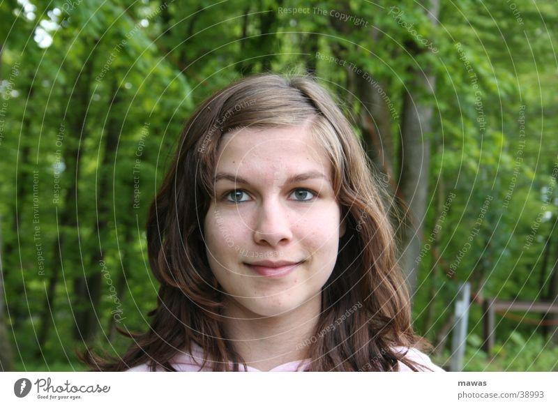 Haexli Wald Mädchen Hexe Porträt grinsen Frau Mensch daniela
