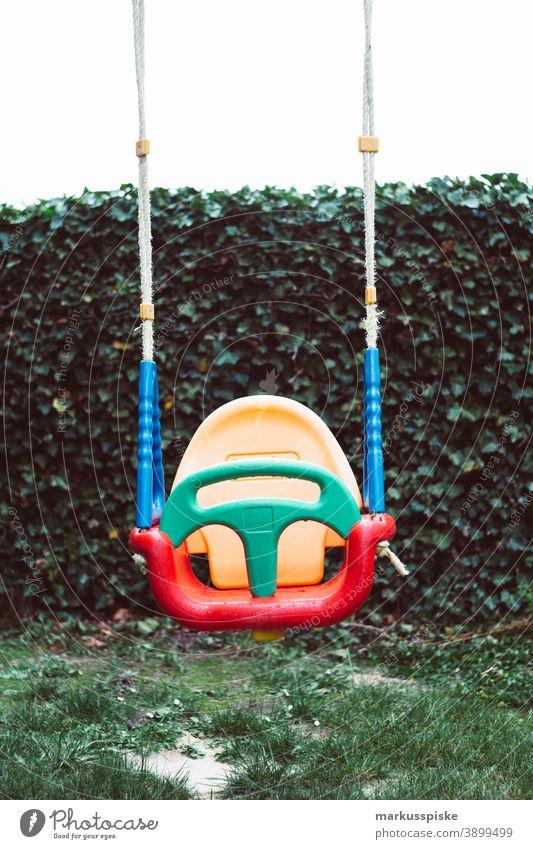 Kinderschaukel Kindergarten Spielplatz Spielplatzgeräte schaukeln Schaukel Kleinkind Spielen