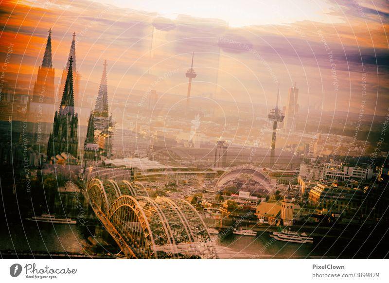 Surreale Panoramabild von Köln Architektur Dom Kölner Dom Sehenswürdigkeit Stadt Skyline Wahrzeichen Bauwerk Rhein Kirche Deutschland Brücke