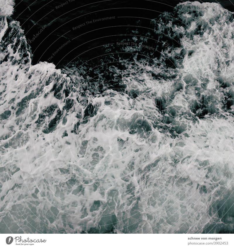 Rauschend Island Meer & Ozean Wild Wasser Küste Außenaufnahme Landschaft Wellen Felsen blau Ferien & Urlaub & Reisen Fischer vor See fischen Fangquote