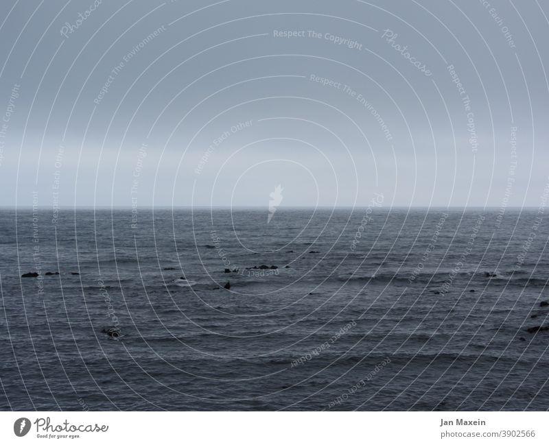 Meer Meer & Ozean Meereslandschaft Meerwasser Meeresspiegel Atlantik Wasser Küste Ferien & Urlaub & Reisen Wellen Natur blau Ferne Freiheit Landschaft Abenteuer
