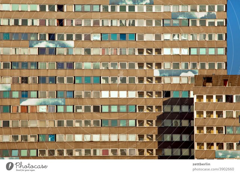 Mehrfamlilienhaus alex architektur berlin büro city deutschland froschperspektive hauptstadt himmel hochhaus innenstadt mitte modern neubau platz skyline