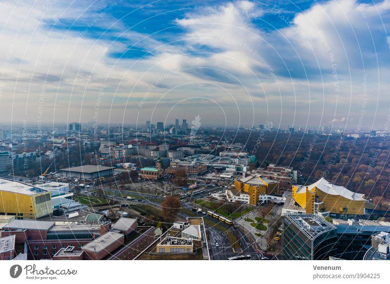 Über den Dächern von Berlin , mit Blick rund um den Potsdamer Platz Haus Häuser Miete Appartement Mietwohnungen Gebäude flach Appartements Leben ruhig
