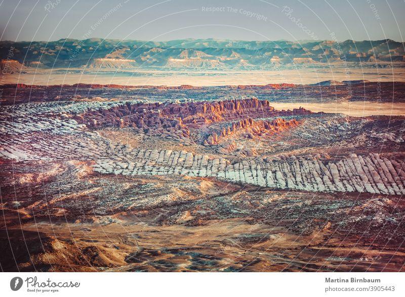 Luftaufnahme der Landschaft des Arche Nationalparks, Utah Bögen Antenne Luftbild Schichten Stimmung Sonnenaufgang Arches National Park reisen Bogen Natur