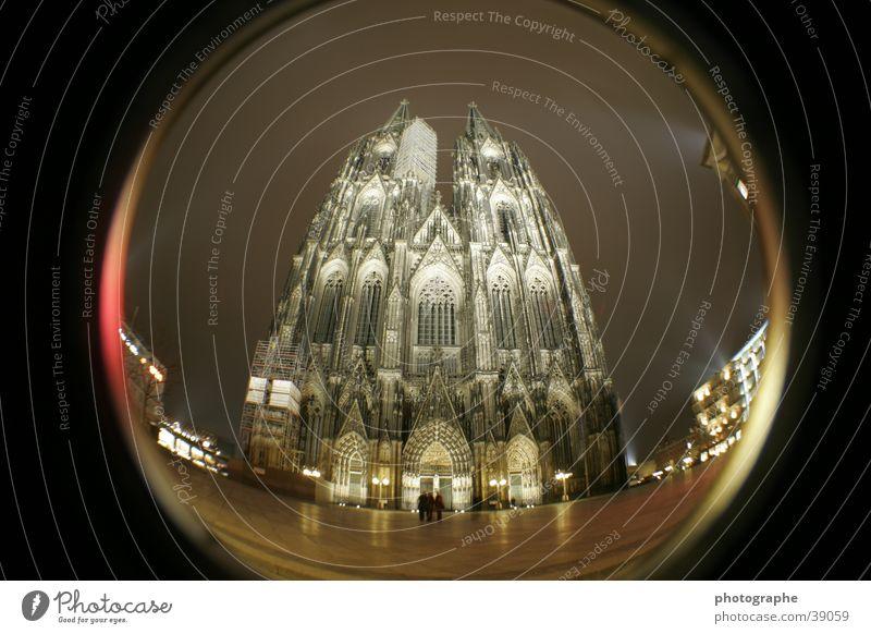 Der Kölner Dom (frontal II) Religion & Glaube Nacht erleuchten Gotteshäuser Fischauge