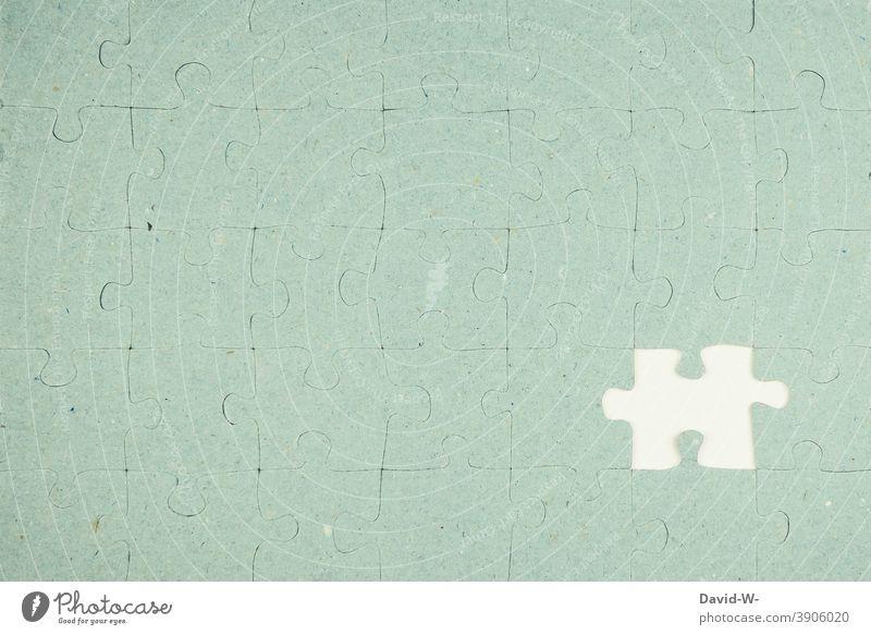 Puzzle - unvollendet unvollständig zielgerade fehlen Teile u. Stücke fehlerhaft unbefriedigend erfolglos unfertig