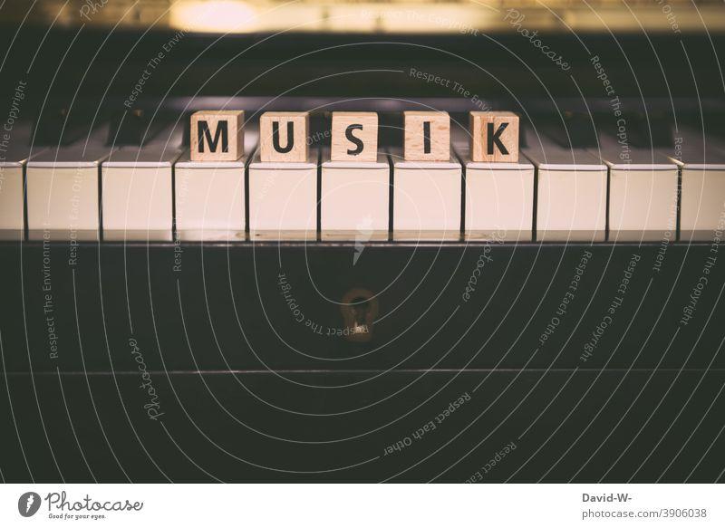 Thema - Musik Klavier Kultur Musikinstrument Wort Klaviatur Konzert konzept Klassik Klavier spielen Begriff thema