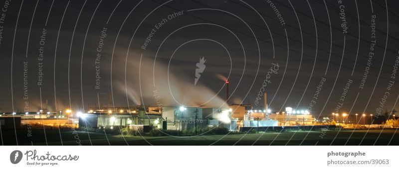 Fabrikpanorama Nacht Panorama (Aussicht) Langzeitbelichtung Architektur Farbe Industriefotografie groß Panorama (Bildformat)