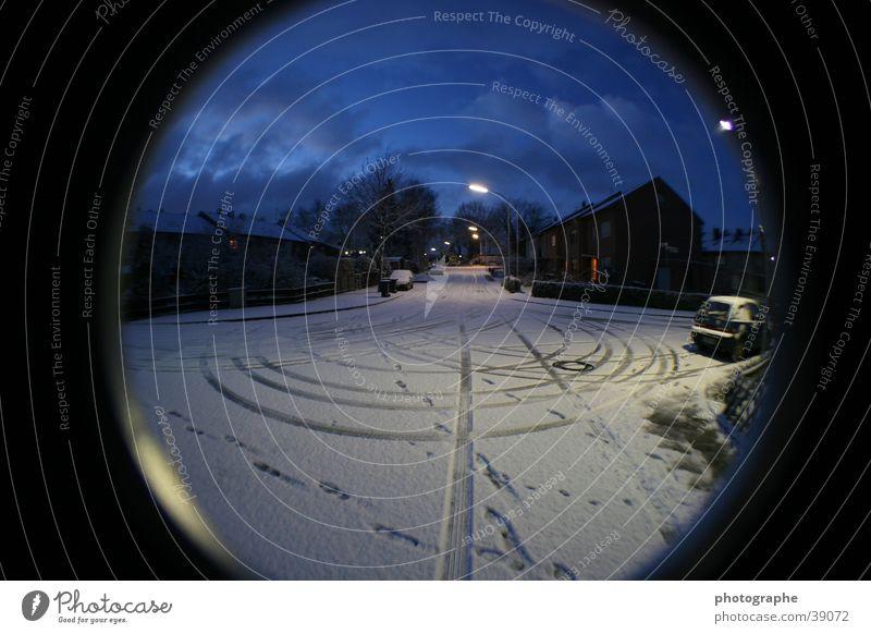Village sous la neige Winter Dorf Fischauge Verzerrung Morgen Schnee