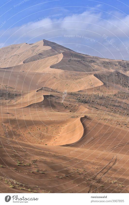 Megadünen mit Blick auf den Sumu Brun Jaran-See E.shore-Badain Jaran-Wüste-Inner Mongolei-China-1163 badain jaran Mysteriöse Wüste der Seen Badanjilin Shamo