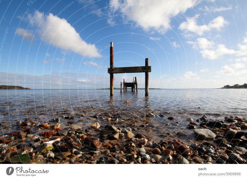 blau machen Meer Küste Wasser Landschaft Natur Strand Wellen Ostsee ostseeküste Ostseeküste Buhne Buhnen Holz Idylle Dänemark Himmel Wolken Horizont