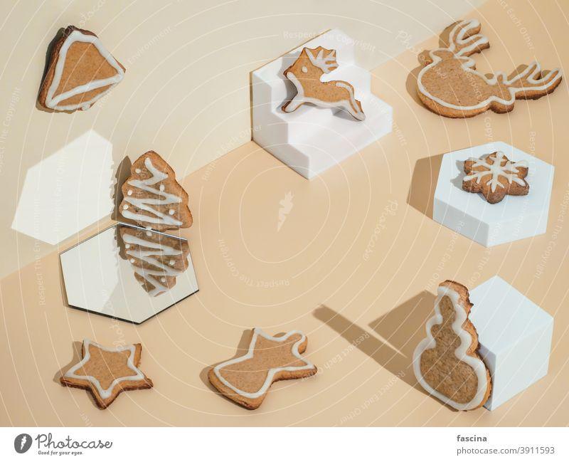 Weihnachts-Lebkuchenplätzchen-Mockup, Kopierraum Weihnachten Cookies Sockel Vitrine Hintergrund dais Rahmen Podium Attrappe Lebensmittel isometrisch Stillleben