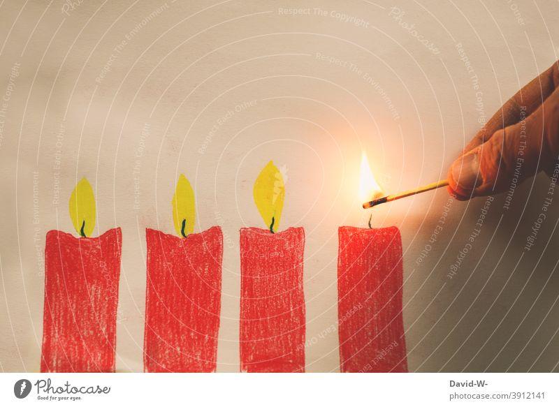 Advent - Kerzen werden angezündet Weihnachten & Advent Adventszeit anzünden Streichholz Vorfreude Rot Kerzenschein Adventskranz Hand