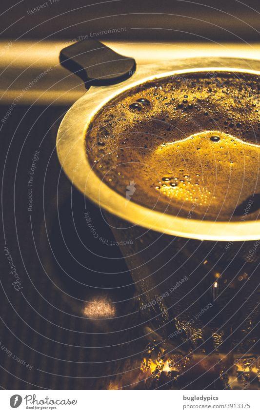 Sonntagskaffee Kaffee Kaffeetrinken Kaffeepause Kaffeepulver Kaffeefilter Kaffeekanne Koffein Filterkaffee Frühstück Heißgetränk Getränk genießen Lebensmittel