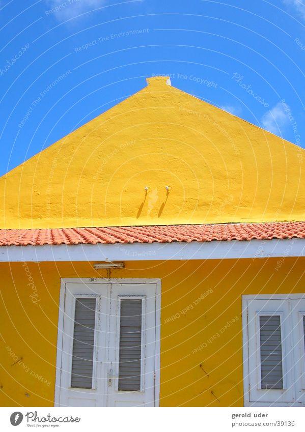 Farben in Bonaire 2 Himmel blau Haus gelb Architektur Kuba Niederlande