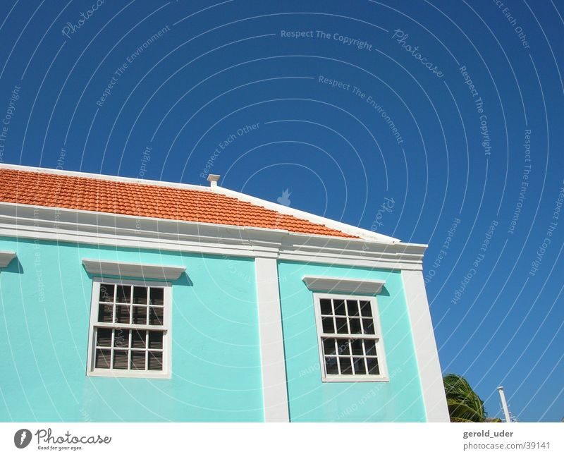 Haus auf Bonaire Himmel blau rot Farbe Architektur Kuba