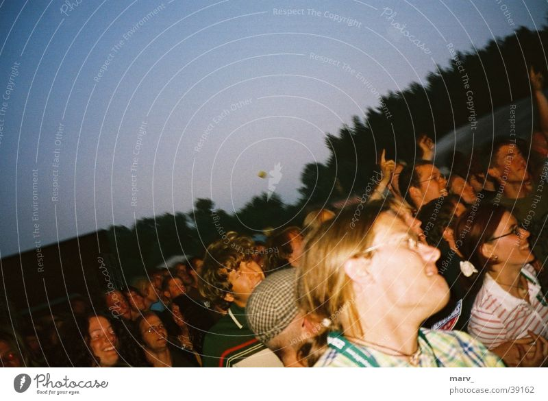 Festivalstimmung Immergut 2003 Stimmung Party Menschengruppe immergut Musikfestival Abend neustrelitz