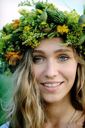 Mensch Jugendliche Ferien & Urlaub & Reisen schön Blume Junge Frau Erwachsene Gesicht 18-30 Jahre Leben feminin sprechen lustig Denken Feste & Feiern Gesundheit