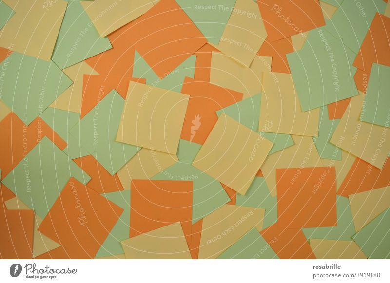 grün, gelb, rot | Notizzettel in diesen Farben auf einem Haufen Notizen Zettel bunt mehrfarbig leer frei abstrakt orange notieren aufschreiben merken Merkzettel
