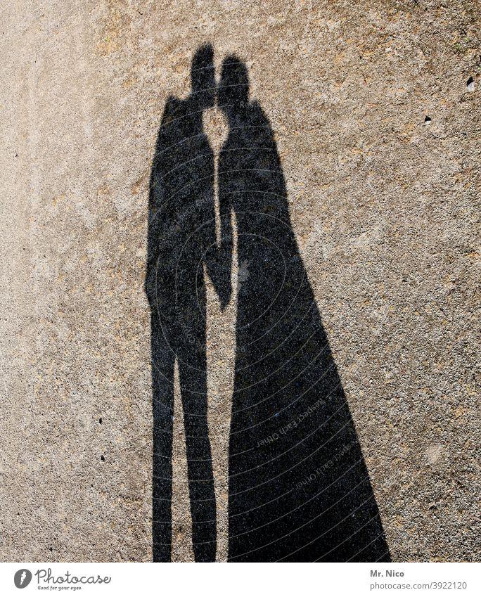 Just a kiss Liebe Küssen berühren Silhouette Schatten Abschiedskuss busserln Busserl Liebespaar Schattenspiel Liebesaffäre Sehnsucht Leidenschaft Paar