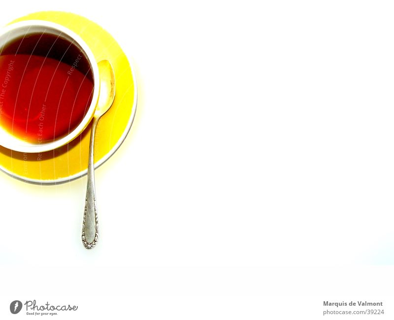 teatime Tasse gelb Gedeck Kaffeelöffel Getränk heiß Ernährung Freisteller Winter Tee cup cover spoon beverage hot