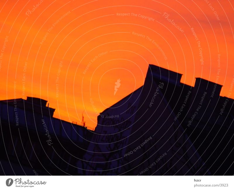 sonnunter Himmel Sonne Architektur Häuserzeile