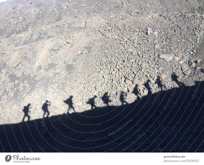 Schattenspiele auf Sizilien, Italien, nahe dem Ätna. Foto: Alexander Hauk urlaub freizeit tourismus ferien wanderung vulkan ätna schatten schattenspiel