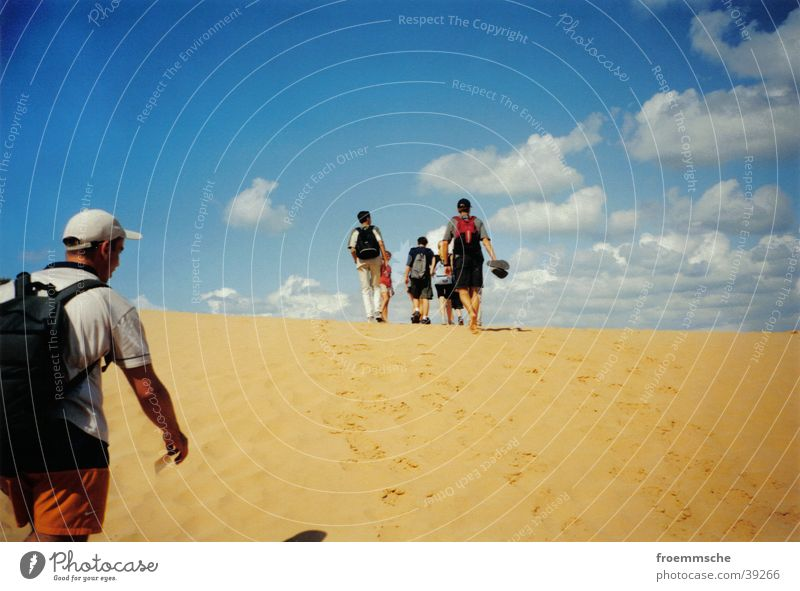 strandwanderung Strand Wolken wandern Israel Ferien & Urlaub & Reisen Himmel Spaziergang Sand Landschaft walk heaven sky clouds walkaway landscape countryside