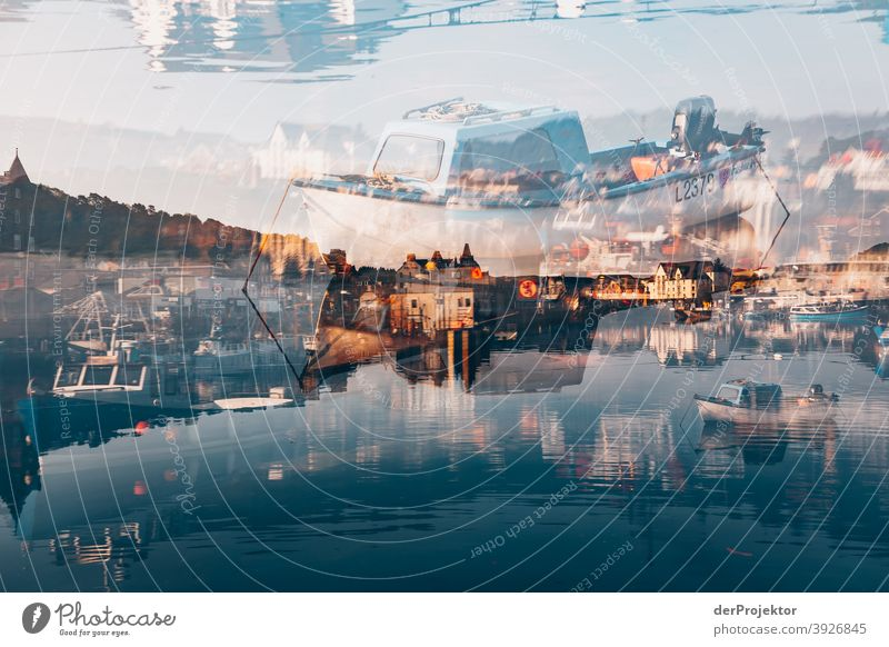 Mehrfachbelichtung in Oban/Schottland bei Sonnenaufgang mit Booten Freizeit_2017 Joerg Farys derProjektor dieProjektoren Starke Tiefenschärfe Sonnenstrahlen