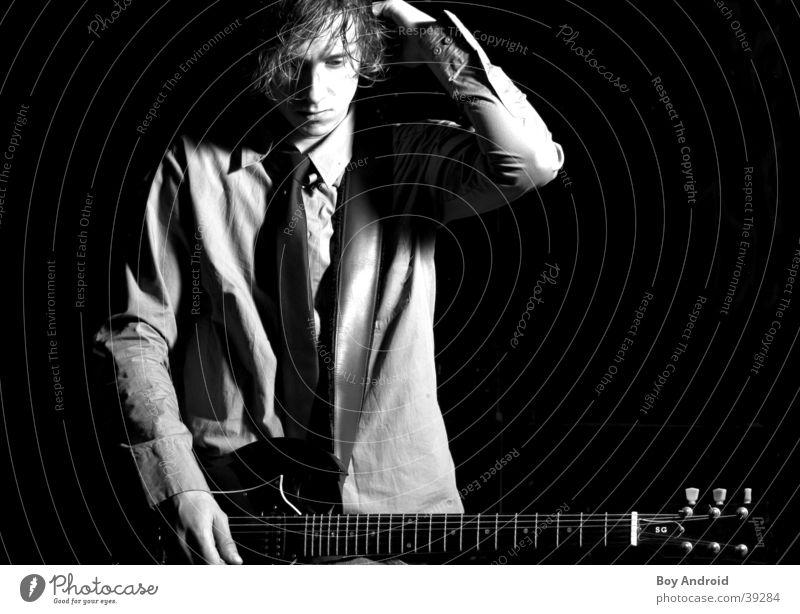 wondering schwarz weiß Denken Krawatte Trauer Mann Gitarre nachdenken Traurigkeit Rockmusik